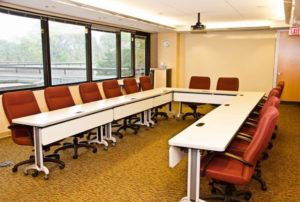 U-shaped conference setup style